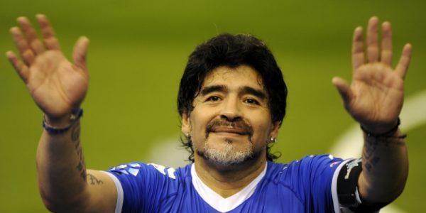 في حب مارادونا الذي علمني الكثير