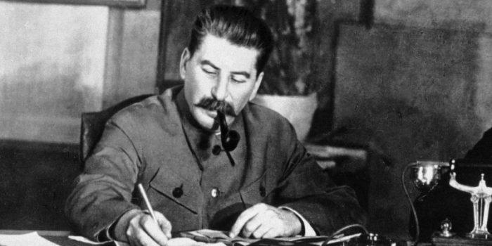 3 صور زورها ستالين فغيرت تاريخ الاتحاد السوفيتي
