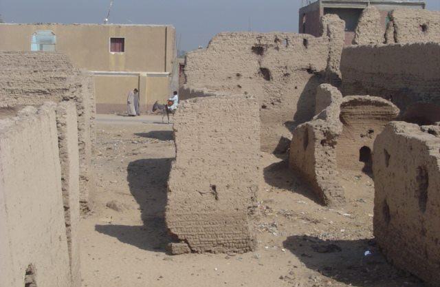 أطلال بيوت شيخ العرب همام